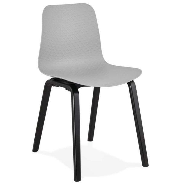 Chaise design pacifik grise avec pieds en bois noir for Chaise grise bois