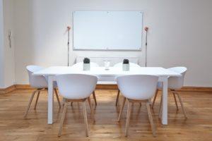 Découvrez 10 chaises design et pas chères