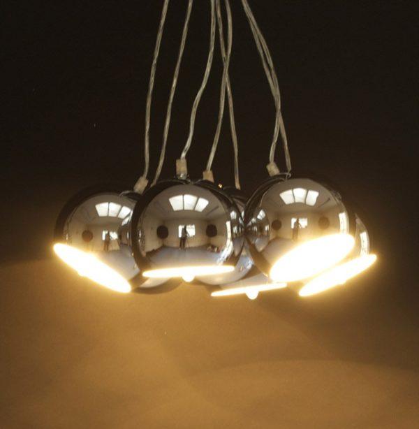Suspension-design-´BILBO´-7-boules-métal-suspendues-2