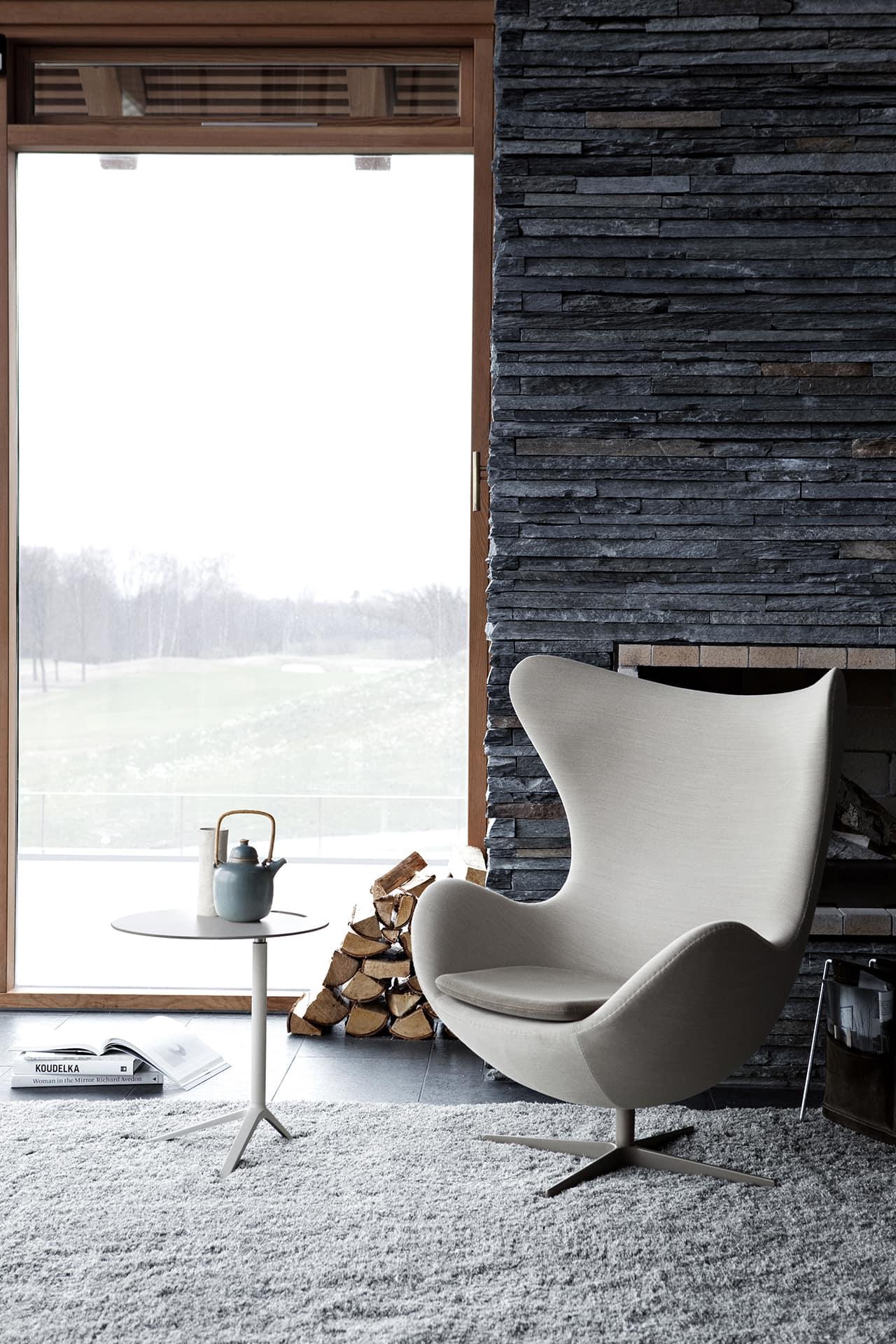 fauteuil oeuf Arm jacobsen design