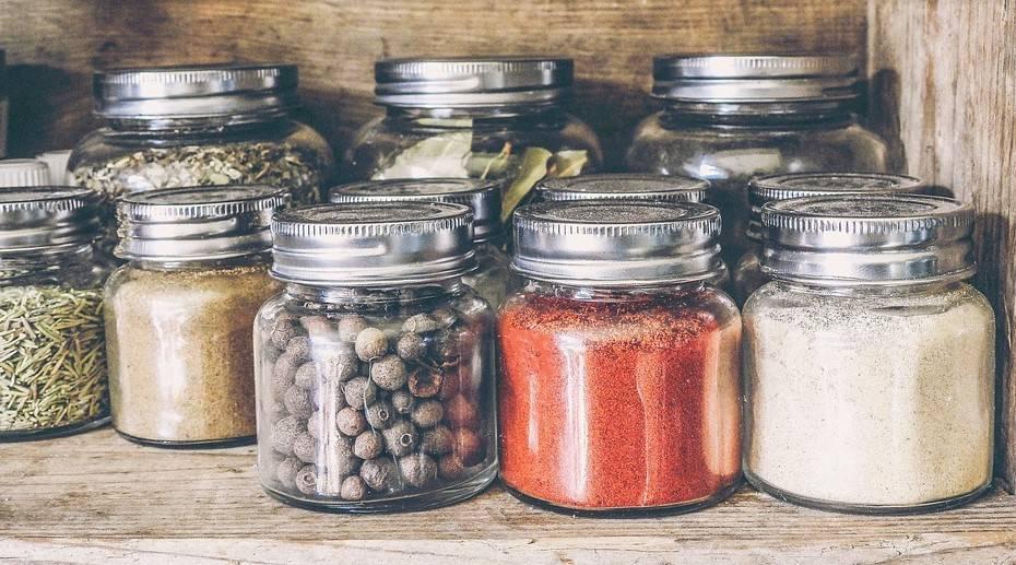 Quels accessoires déco ajouter dans la cuisine pour se faciliter le quotidien ?