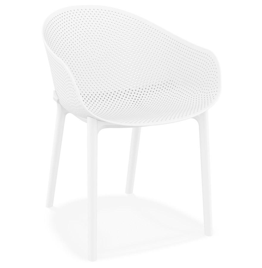 Chaise de terrasse perforée 'LUCKY' blanche design
