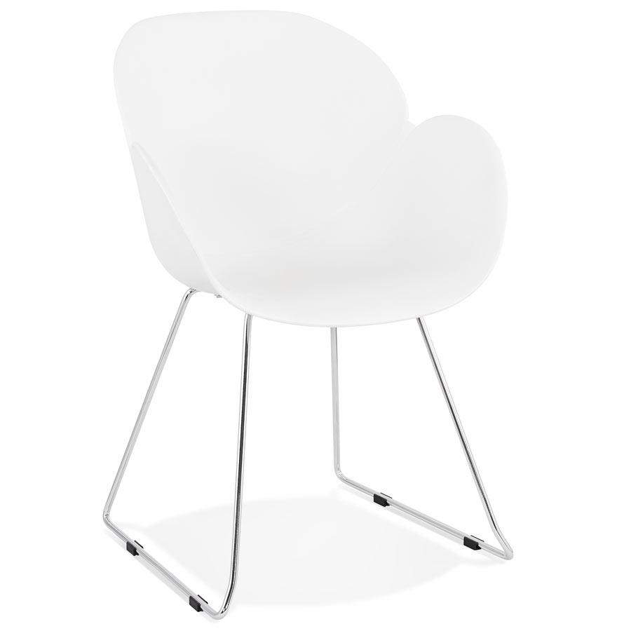 Chaise design 'NEGO' blanche en matière plastique