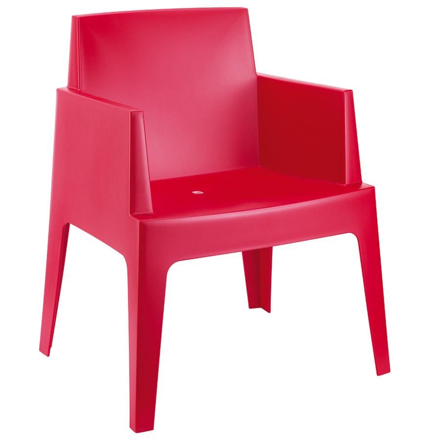 Chaise design 'PLEMO' rouge en matière plastique