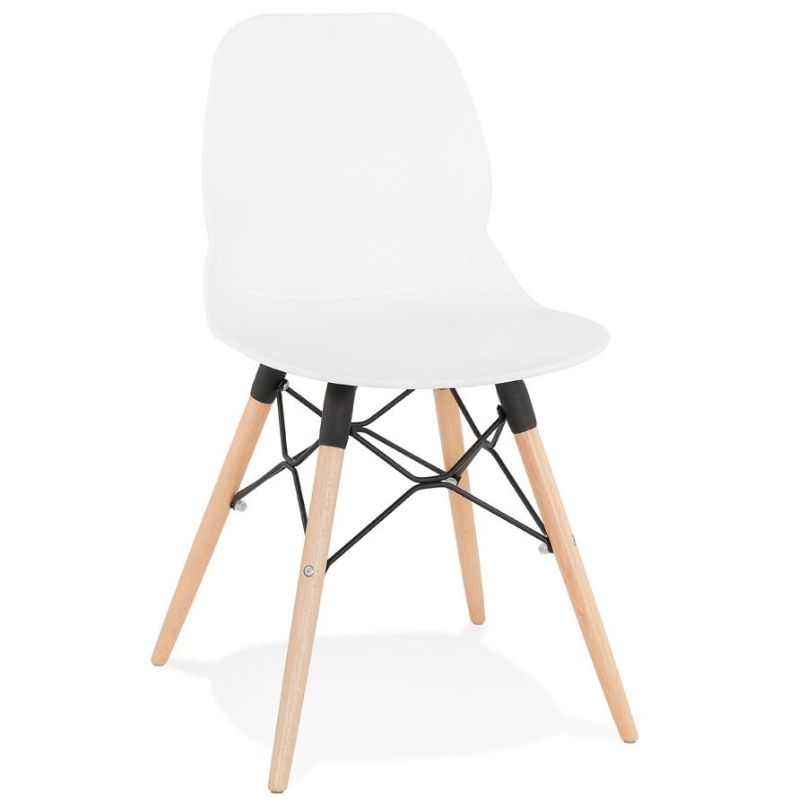 Chaise scandinave 'EPIK' blanche moderne